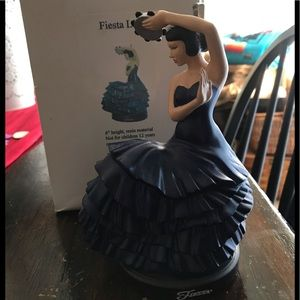 "Fiestaware  Fiesta Resin Dancing Lady 6"" Cobalt"